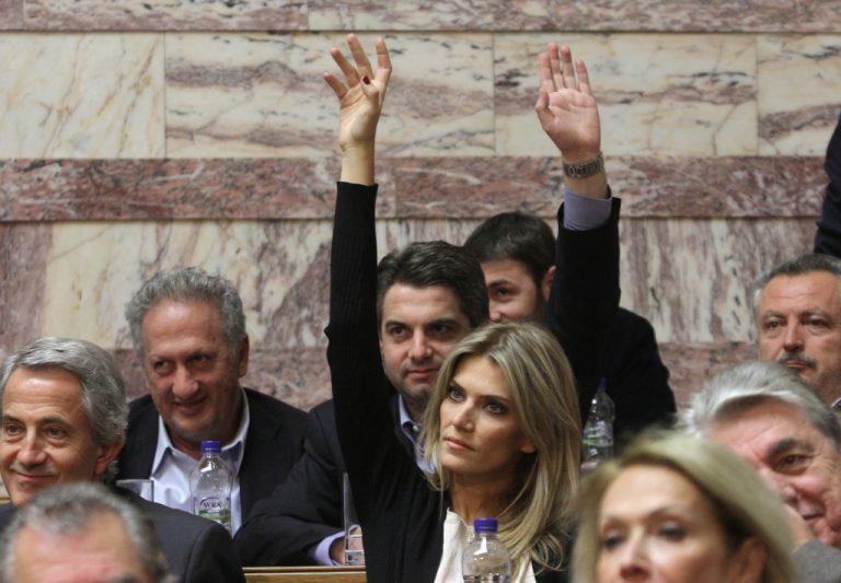 Την είπαν καλτσοδέτα και ζητάει την παραπομπή τους στο πειθαρχικό | Newsit.gr