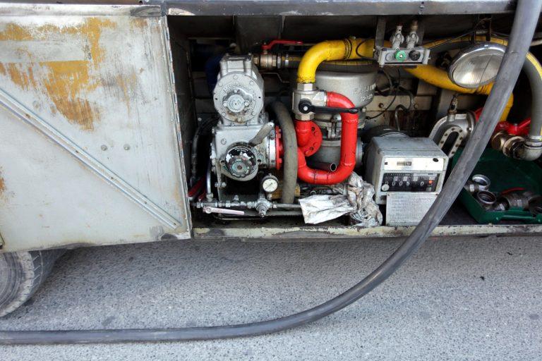 Ηλεία: Έτσι κλέβουν το πετρέλαιο θέρμανσης από τις πολυκατοικίες… | Newsit.gr