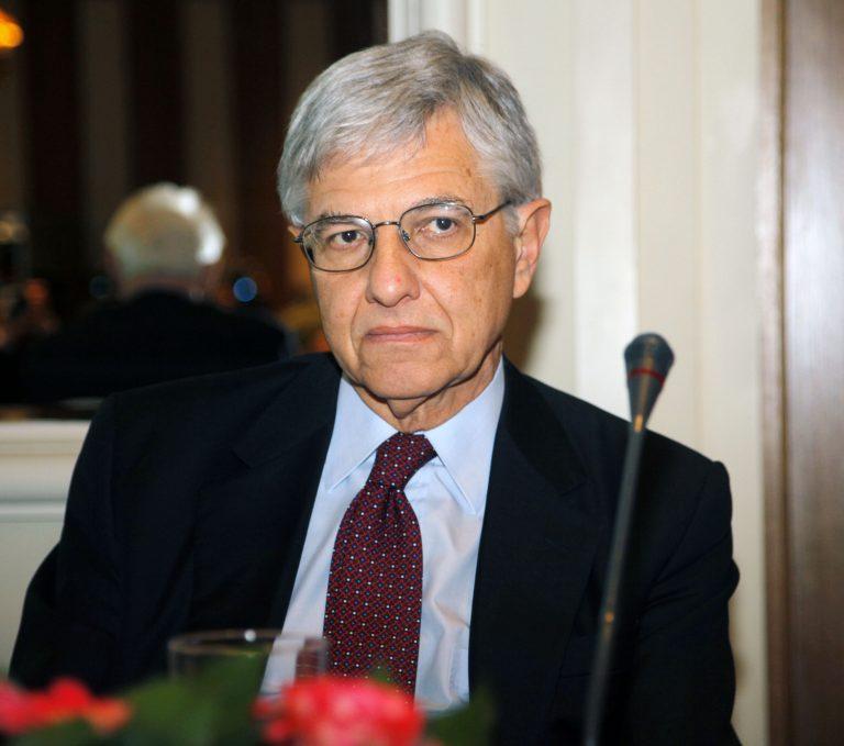 Προαναγγέλλει νέο κόμμα ο Γιαννίτσης | Newsit.gr