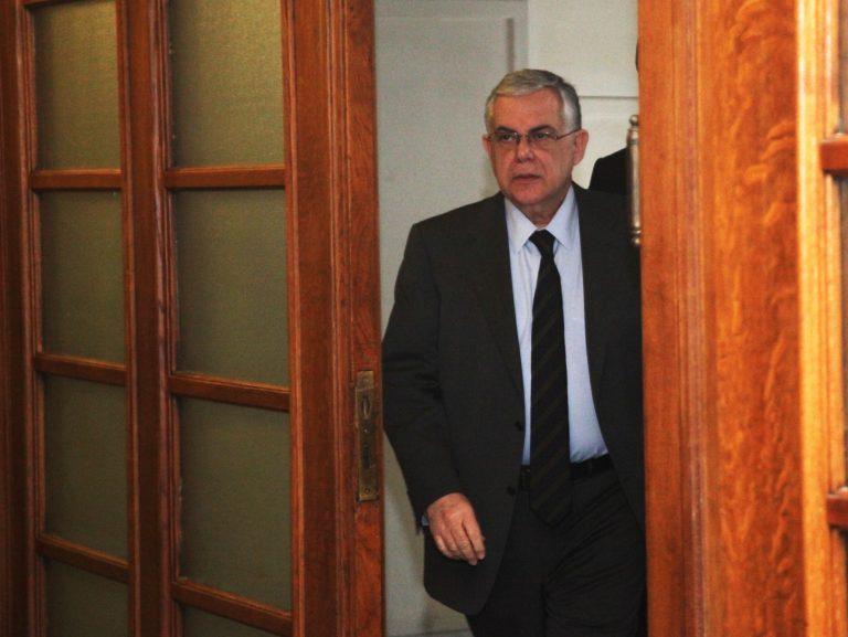 ΗΠΑ: Στηρίζουμε την κυβέρνηση Παπαδήμου | Newsit.gr