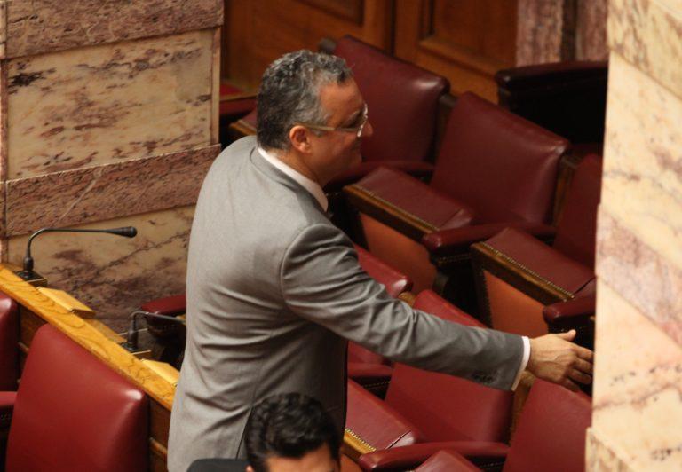 Κατηγορίες για υπονόμευση και άγριο παρασκήνιο μια ημέρα πριν την εκλογή γραμματέα της ΝΔ | Newsit.gr