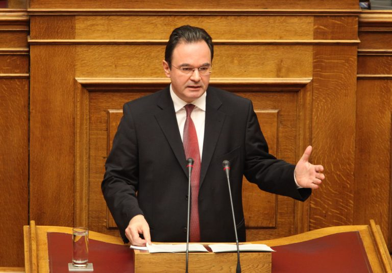 Γιώργος Παπακωνσταντίνου στην Βουλή: Υπήρξε αστοχία χειρισμών – Η ευθύνη βαρύνει μόνο εμένα | Newsit.gr