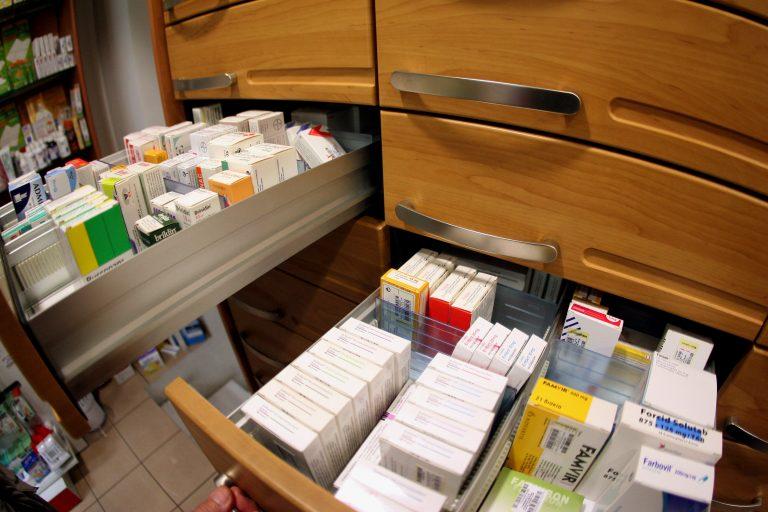 Πάτρα: Αυξάνονται οι ασθενείς που δεν μπορούν να αγοράσουν τα φάρμακά τους!   Newsit.gr
