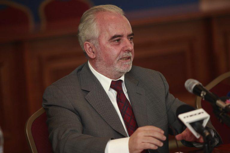 Υπουργός Εργασίας: «Καλύτερα μισός μισθός παρά καθόλου!» | Newsit.gr