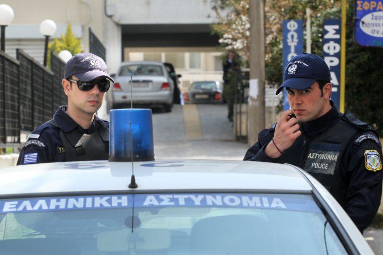 Κορινθία: Αγανακτισμένοι αγρότες πιάστηκαν στα χέρια με την έφορο!   Newsit.gr