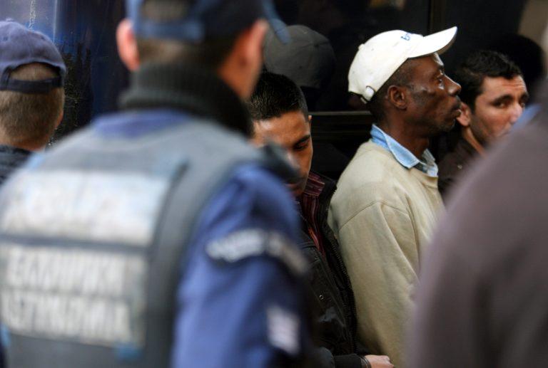 Χρ.Αυγή για Ξένιο Δια:Τύφλα να χει ο Σπήλμπεργκ | Newsit.gr