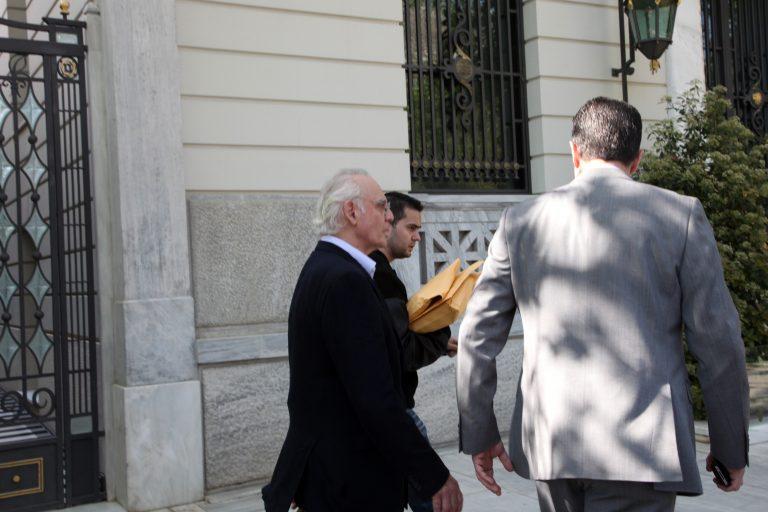 Μια σύλληψη σαν ανοιξιάτικη βόλτα στην Διονυσίου Αρεοπαγίτου | Newsit.gr