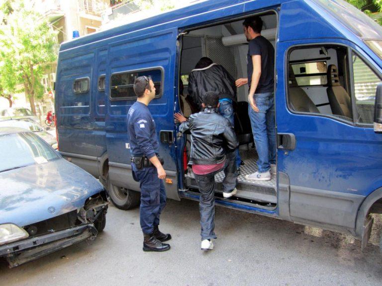 Αλβανός απελάθηκε πέντε φορές και άλλες τόσες επέστρεψε στην Ελλάδα | Newsit.gr