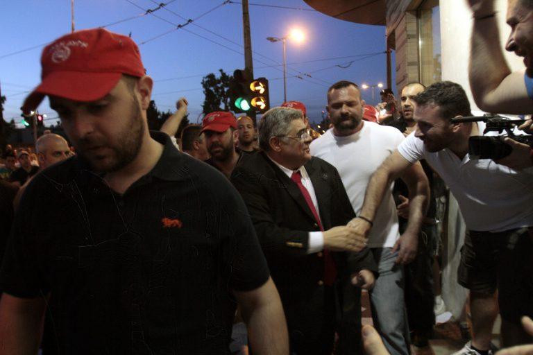 Σαντορίνη:Πάνω από 10% η Χρυσή Αυγή -Τρίτο κόμμα στην Οία! | Newsit.gr
