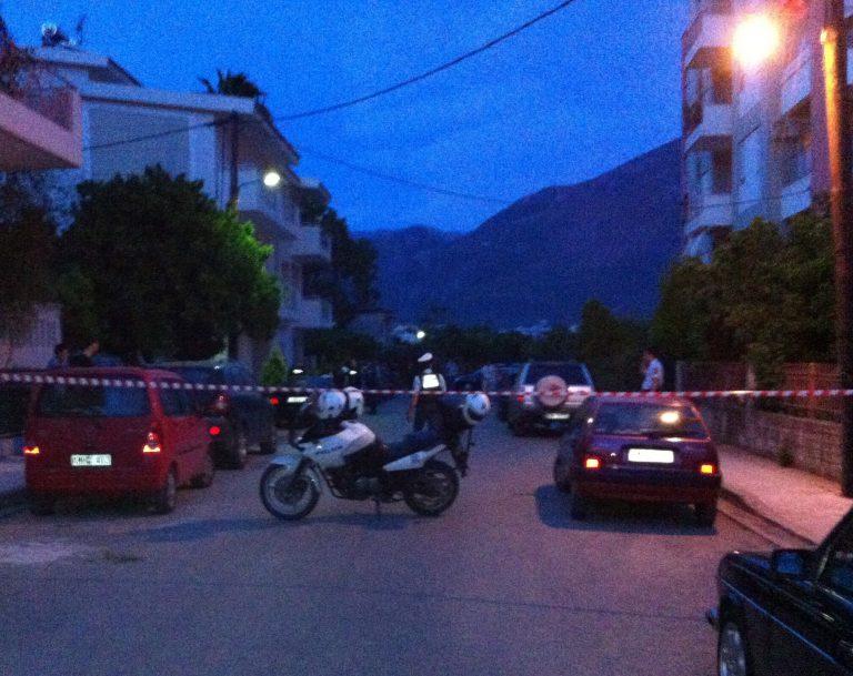 Ηράκλειο:Επίθεση με λοστούς στον γιο υποψήφιας με τη Χρυσή Αυγή! | Newsit.gr