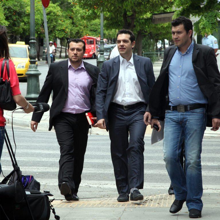 Ο Αλ.Τσίπρας δεν πλήρωσε το χαράτσι λέει ο διευθυντής του Πολιτικού του Γραφείου | Newsit.gr