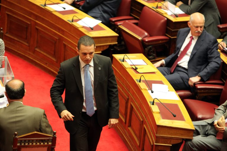 Δικάζεται σήμερα ο εκπρόσωπος Τύπου της Χρυσής Αυγής, Ηλίας Κασιδιάρης   Newsit.gr