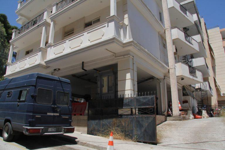 Ηράκλειο: Κρατούμενη κοιμάται με το μωρό της, στο αστυνομικό τμήμα! | Newsit.gr