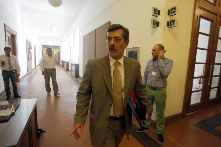 Ο «παρών», ο «απών» και ο… «Ρηγας» | Newsit.gr