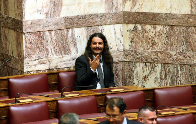 Αγρίνιο:Μπαρμπαρούσης κατά Δένδια – Τον είπε »Batman» και ζήτησε στήριξη στη δίκη του!   Newsit.gr