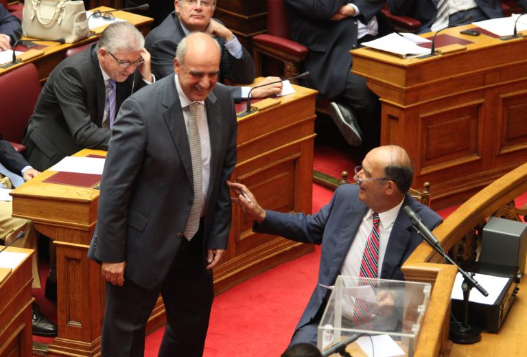 Με ψήφους ρεκόρ ο Ευ.Μεϊμαράκης εξελέγη Πρόεδρος της Βουλής! | Newsit.gr