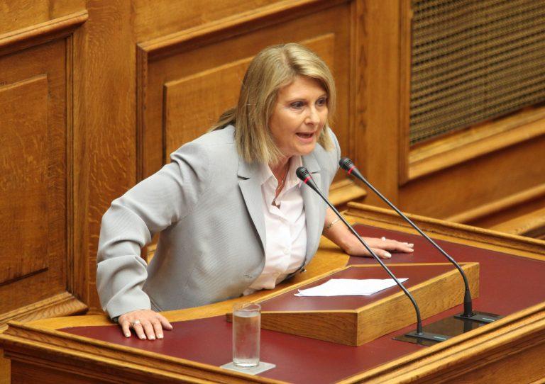 Άρση της ασυλίας της Σ.Βούλτεψη ζητεί ο Γ.Παπακωνσταντίνου | Newsit.gr