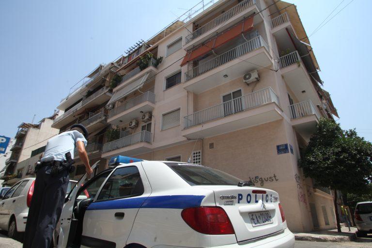 Ηλεία: »Βγήκε στο μπαλκόνι και πυροβόλησε το 9χρονο κορίτσι μας»! | Newsit.gr
