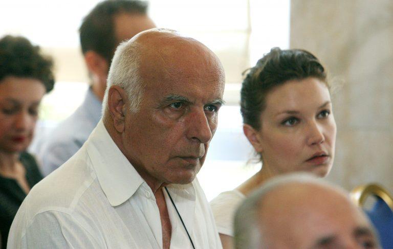 Σκάνδαλο! Έβαλαν δόσεις σε οφειλέτη του ΙΚΑ μέχρι το 2404! | Newsit.gr