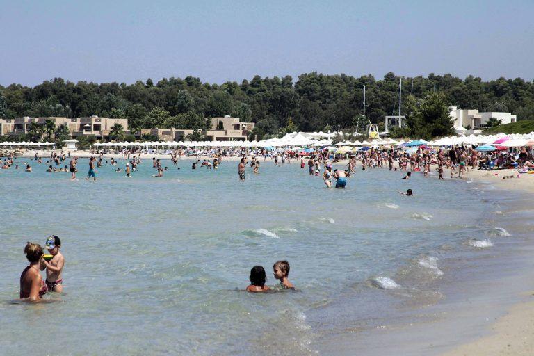 Χανιά: Έπαθε θερμοπληξία την ώρα που κολυμπούσε και δεν μπορούσε να βγει! | Newsit.gr