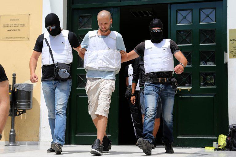 Θαυμαστής του Πάσσαρη και λάτρης του twitter ο 29χρονος ληστής της Πάρου – Τι έγραφε σε Διαμαντοπούλου και Τσίπρα   Newsit.gr