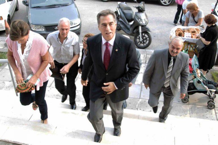 «Ο Παπαγεωργόπουλος διασκέδαζε στο νυχτερινό κέντρο του Σαξώνη» | Newsit.gr