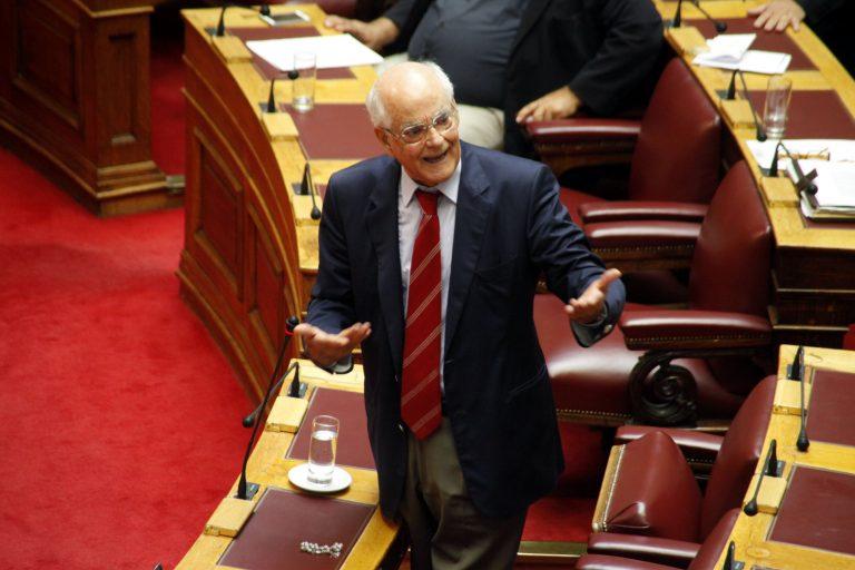 Απ.Κακλαμάνης:Δυο εν ενεργεία βουλευτές είναι στην λίστα των 32! | Newsit.gr
