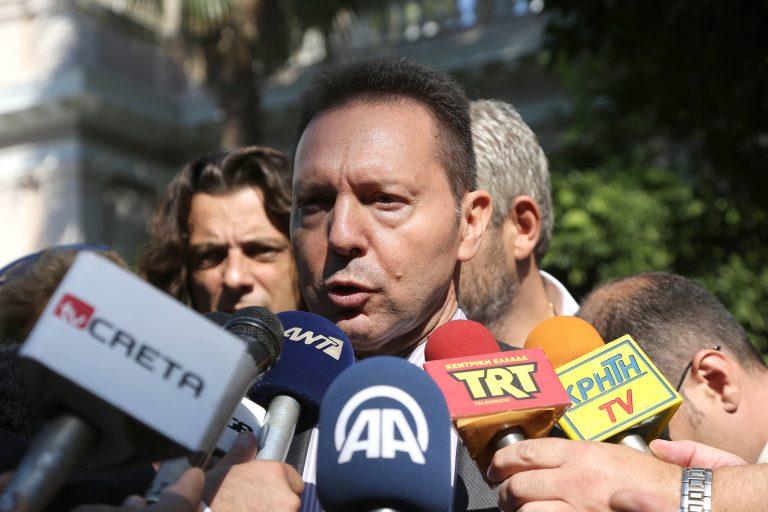 Στουρνάρας:13-15 δις το κόστος μιας διετούς επιμήκυνσης | Newsit.gr
