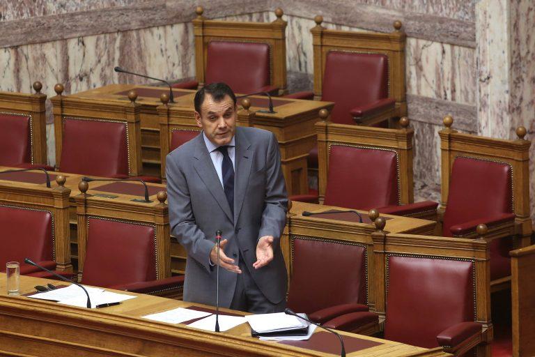 Παραδοχή υφ.Εργασίας: Η μείωση των εργοδοτικών εισφορών θα βουλιάξει τα ταμεία! | Newsit.gr