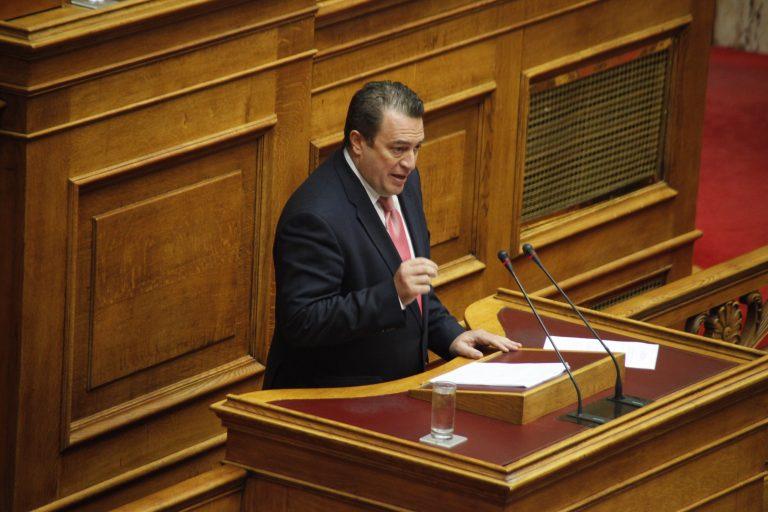 Παραδέχθηκε ο Στυλιανίδης το αίτημα για εκκένωση νησιών | Newsit.gr