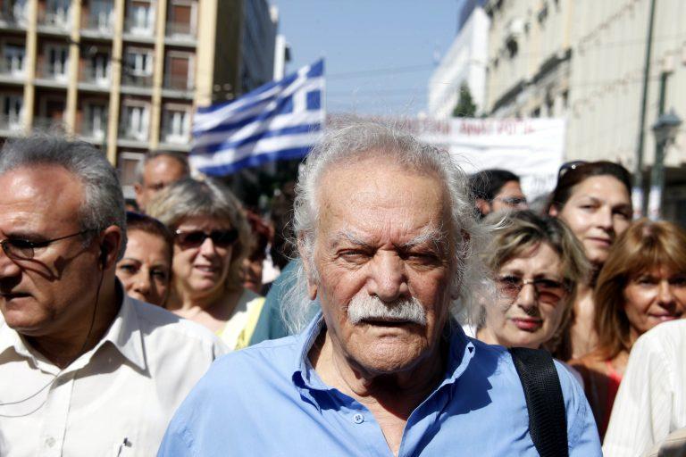 Γλέζος: Η Χρ.Αυγή είναι κόμμα αντεθνικό με χαρακτηριστικά εγκληματικής οργάνωσης | Newsit.gr