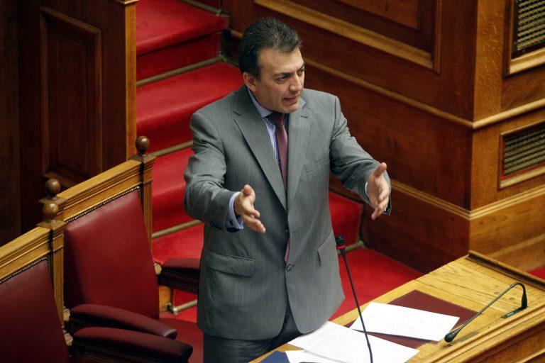 Βρούτσης: Αν δεν περάσουν τα εργασιακά δεν θα υπάρχει εργασία   Newsit.gr