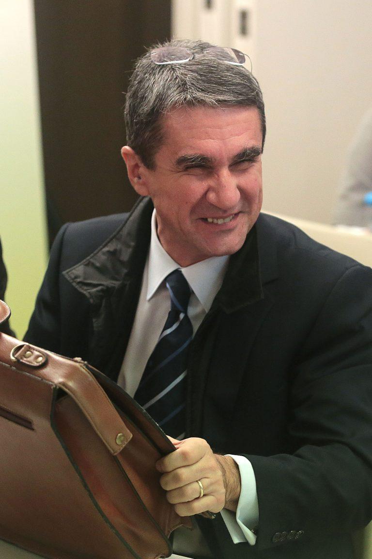 Λοβέρδος σε στέλεχος του ΠΑΣΟΚ: Καταλαβαίνουμε ότι δέχθηκες πιέσεις και σε βγάλαμε από την λίστα | Newsit.gr