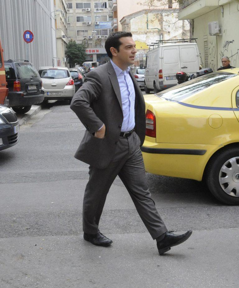 Ο Τσίπρας έθεσε θέμα κατάργησης του 13ου και 14ου μισθού στον ιδιωτικό τομέα | Newsit.gr
