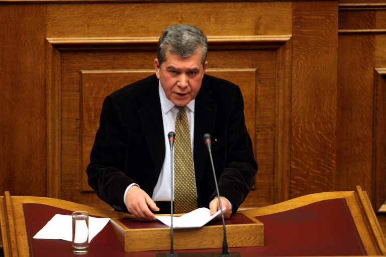 Διαψεύδει ο Αλέξης Μητρόπουλος ότι δεν δήλωσε 1 εκατομμύριο ευρώ! | Newsit.gr