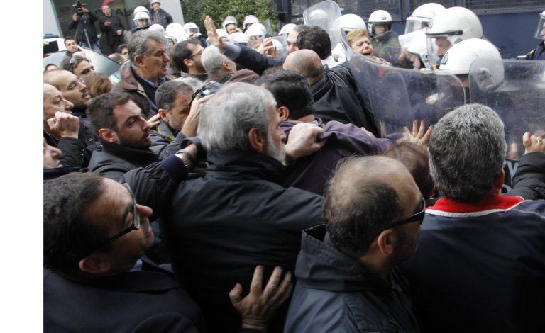 Οι κοινοπραξίες για το εργοστάσιο απορριμάτων στα Λιόσια – Επίθεση Σγουρού στους διαμαρτυρόμενους | Newsit.gr
