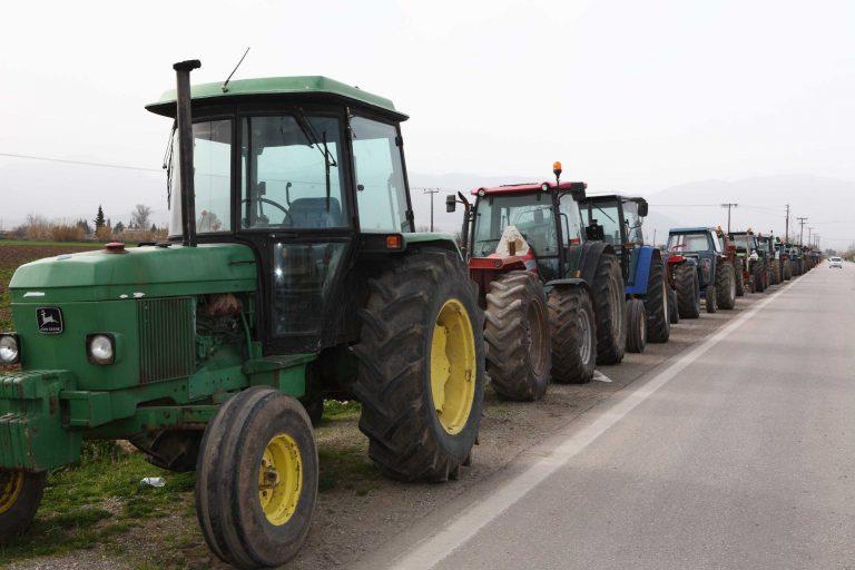 Τρεις προτάσεις της κυβέρνησης στους αγρότες – Ενισχύονται τα μπλόκα | Newsit.gr