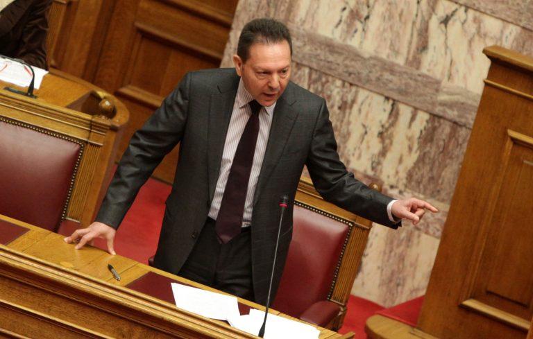 Άγριος καυγάς Στουρνάρα – Μαριά στην Βουλή – Ο βουλευτής κατηγόρησε την κυβέρνηση για τον θάνατο των φοιτητών στην Λάρισα | Newsit.gr
