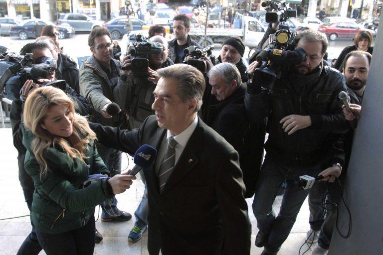 ΣΥΡΙΖΑ: Πιστεύετε ακόμα κ. Σαμαρά στην εντιμότητα Παπαγεωργόπουλου; | Newsit.gr