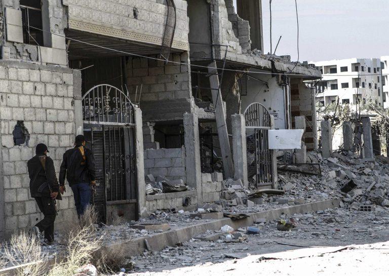 Το αιματοκύλισμα στη Συρία συνεχίζεται- Σφοδρές μάχες σε όλη τη χώρα | Newsit.gr