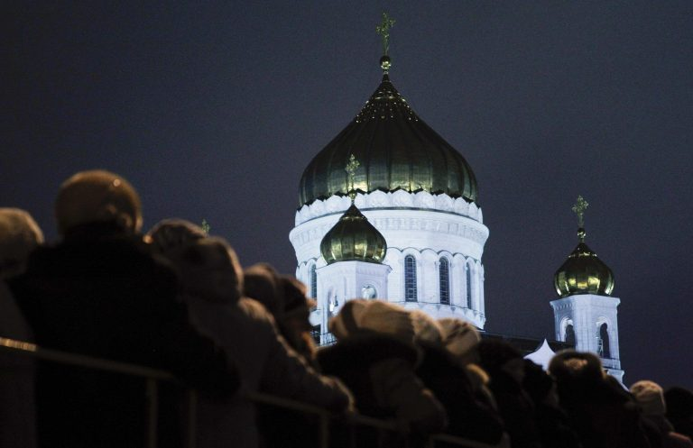 Μόσχα: Στην ουρά για προσκύνημα κειμηλίου απο τη Μονή Βατοπεδίου | Newsit.gr