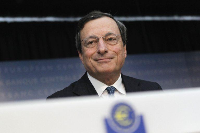 Spiegel: Έτσι δεν θα χρεοκοπήσει η Ελλάδα τον Αύγουστο | Newsit.gr