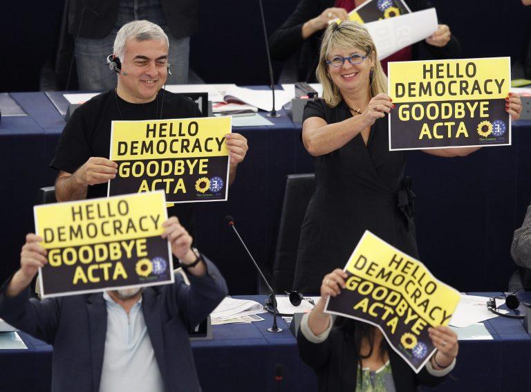 «Πειρατικό» η ευρωβουλή – Καταψήφισε την ACTA! | Newsit.gr