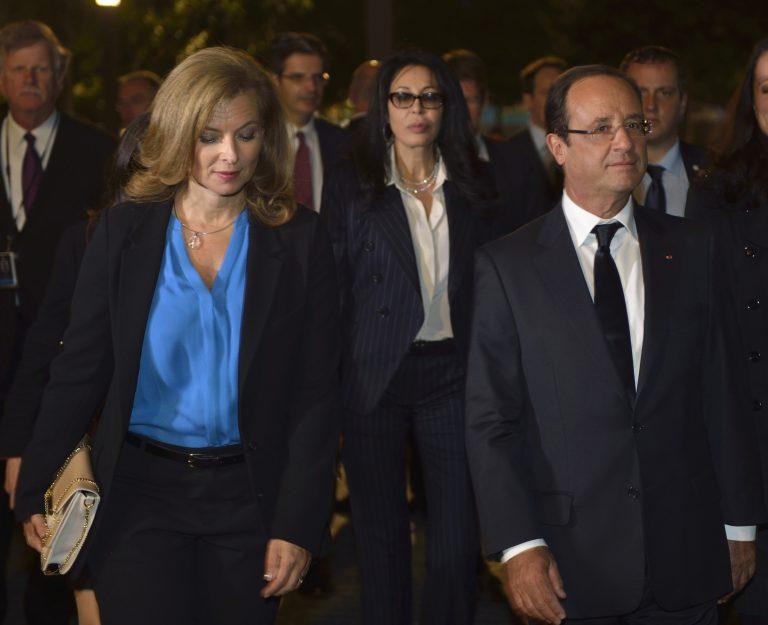 Όπου φύγει – φύγει ο Ολάντ για να μην συναντήσει τη Σεγκολέν!   Newsit.gr