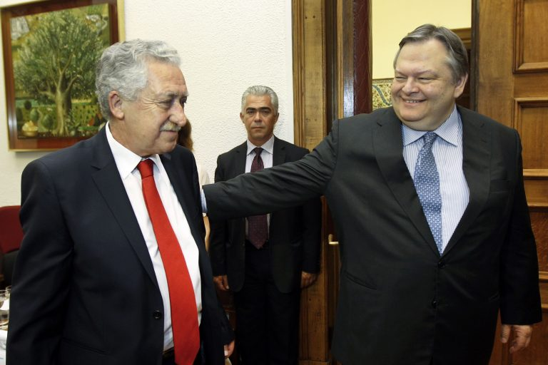 Ένα βήμα πριν τον σχηματισμό κυβέρνησης – Μόνη εκκρεμότητα ο βαθμός συμμετοχής Κουβέλη – Βενιζέλος καλεί Τσίπρα να συμμετάσχει στις διαπραγματεύσεις   Newsit.gr
