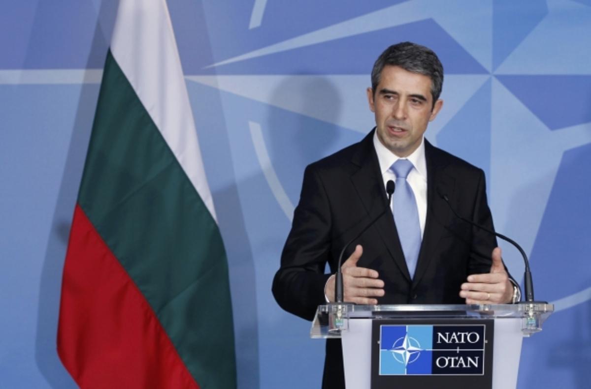 Βασιλικότερος της Μέρκελ! – Πρόεδρος Βουλγαρίας:Καταργείστε 100.000 θέσεις εργασίας   Newsit.gr