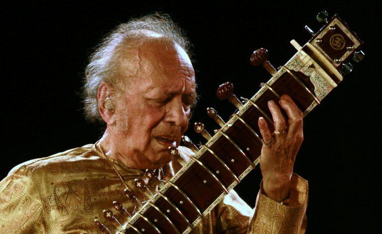 Πέθανε ο μεγάλος Ινδός μουσικός Ραβί Σανκάρ | Newsit.gr