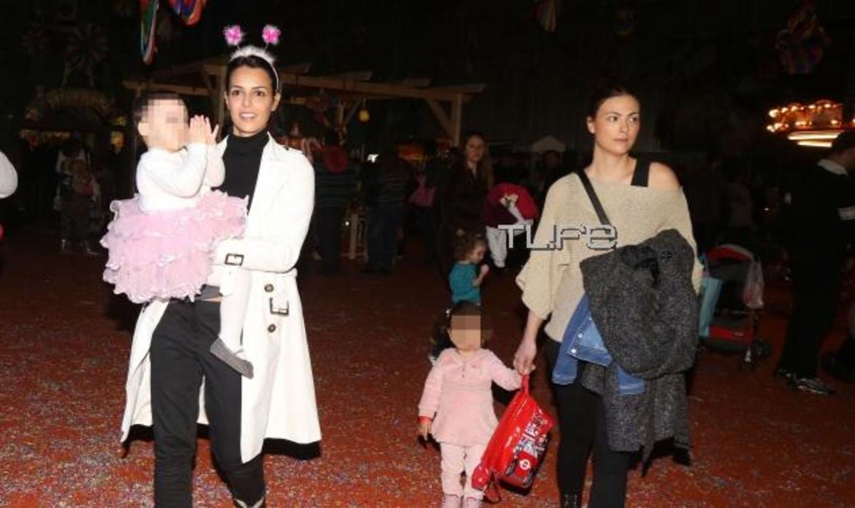 Διάσημες μαμάδες σε αποκριάτικο πάρτυ με τις κόρες τους! Φωτογραφίες | Newsit.gr