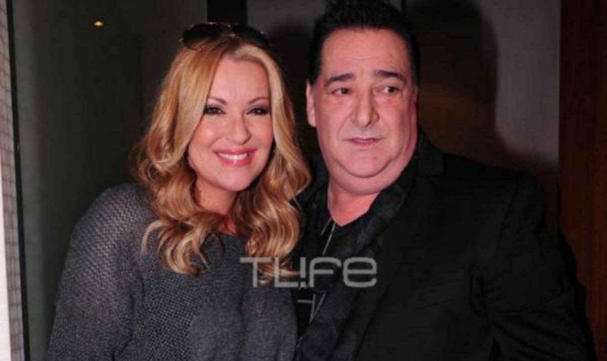 Β. Καρράς: Διάσημοι καλεσμένοι στην απονομή του πολυπλατινένιου άλμπουμ του! Φωτογραφίες | Newsit.gr