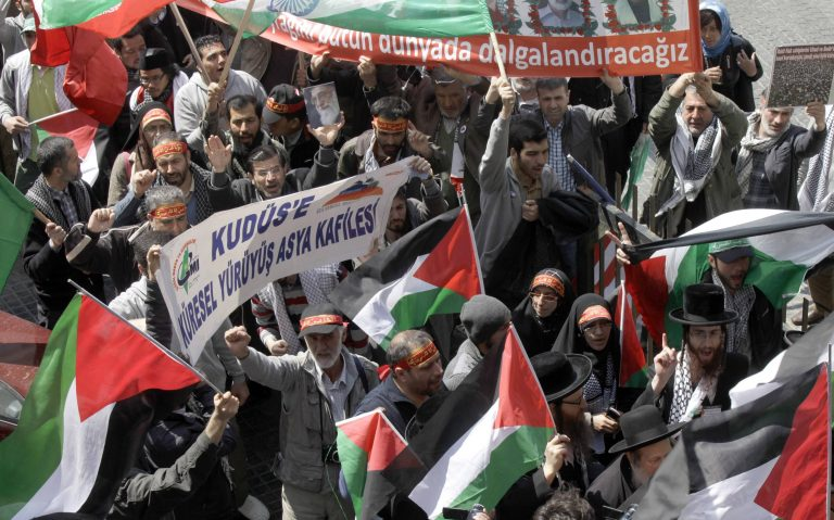 «Πρέπει να λυθεί άμεσα το Παλαιστινιακό πρόβλημα για να έρθει η πολυπόθητη ειρήνη στην περιοχή»   Newsit.gr